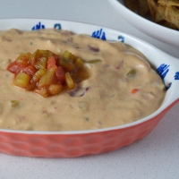 Easy Vegan Queso Sauce