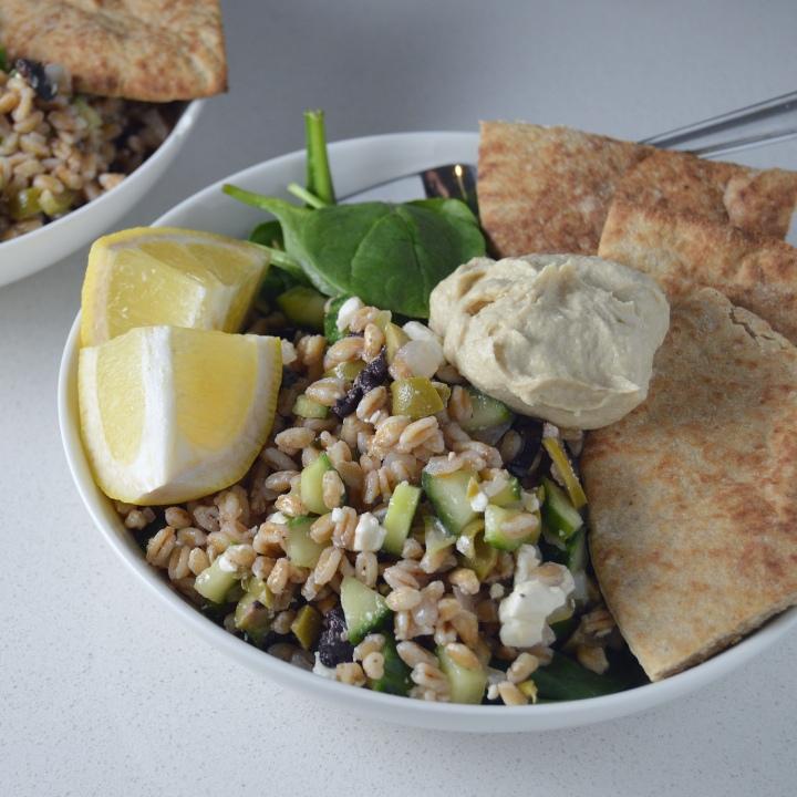 Shortcut Cooking: Mediterranean Farro & HummusBowls