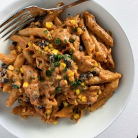 Creamy Tex-Mex Penne with Black Beans & Corn (vegan)