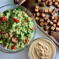 Tabouli-Inspired Brown Rice Salad (vegan)